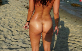 Dude and passionate slender amateur are fucking on the beach